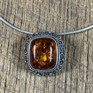 925 Sterling Silver Amber scrolled Necklace